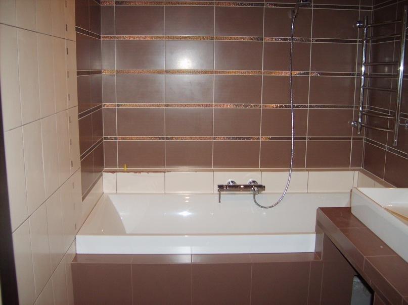 фото облицовка плиткой ванны